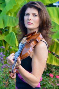 Monique Mead photo
